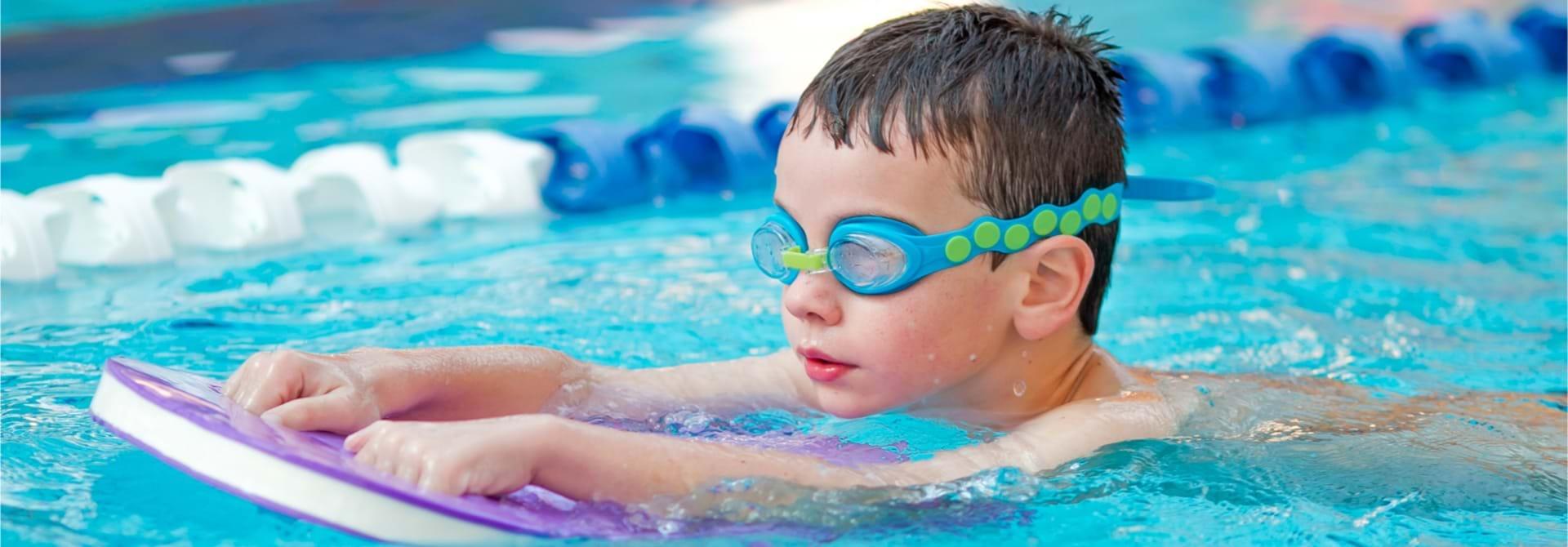 Svømning Nybegynder Stock Web
